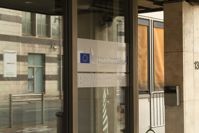 KE w sprawie tłumaczenia unijnych projektów aktów prawnych