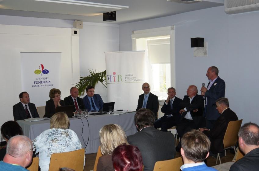Uwarunkowania i konsekwencje opodatkowania rolnictwa w Polsce - Wiceprezes KRIR na prezentacji raportu