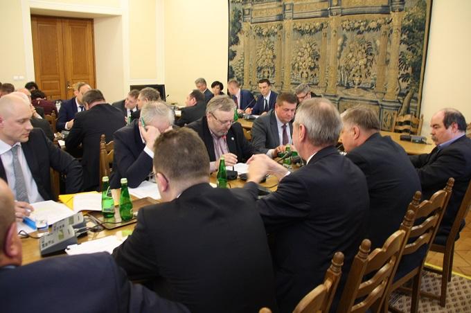Samorząd rolniczy na posiedzeniu sejmowej Komisji Rolnictwa ws. ustawy o wstrzymaniu sprzedaży nieruchomości