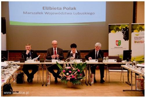 Prezes KRIR Wiktor Szmulewicz na obradach Konwentu Marszałków RP w Gorzowie Wielkopolskim
