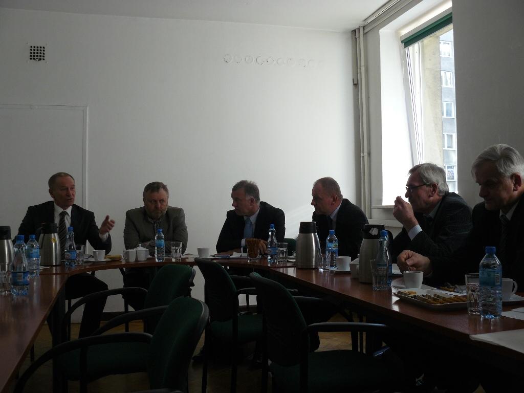 Zarząd KRIR omawia nowe zasady sprzedaży gruntów rolnych z Prezesem ANR